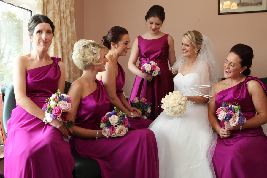 Introducing Warm Colours To Your Wedding Day