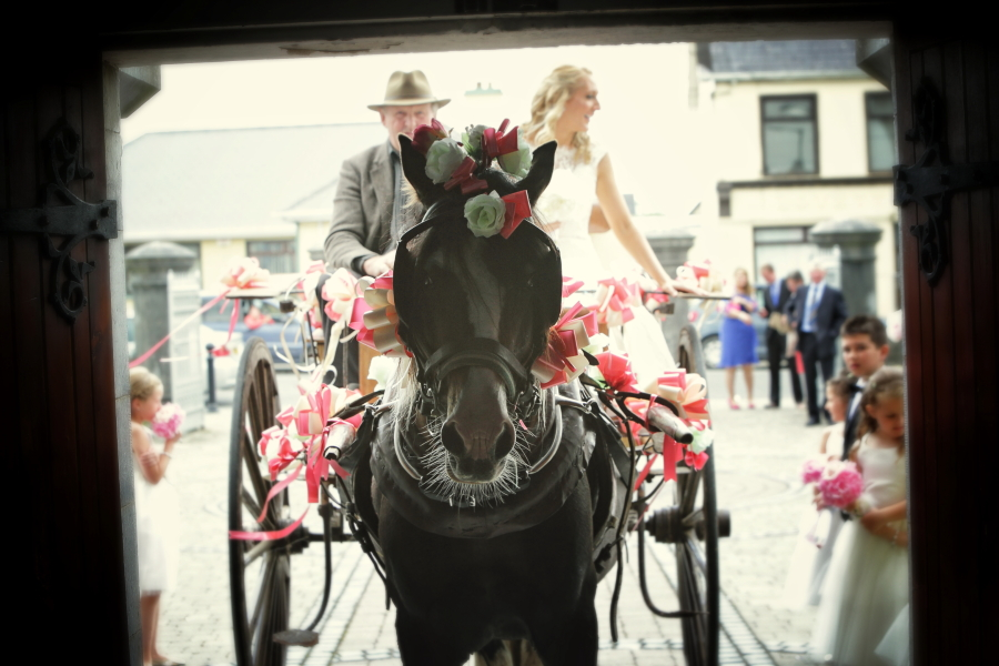 Top 10 Reasons to Marry in Breathtaking Ireland