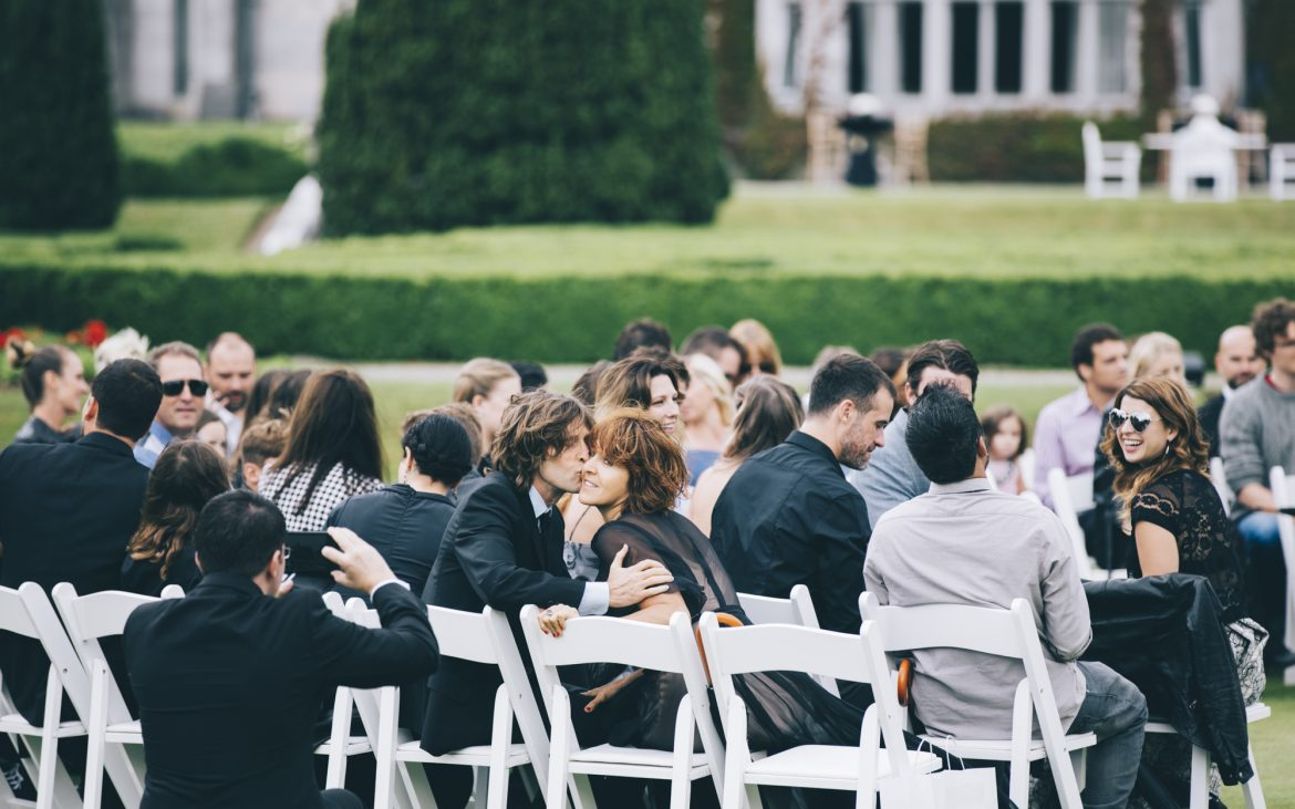 9 Things Guaranteed To Make Your Destination Wedding Guests Happy