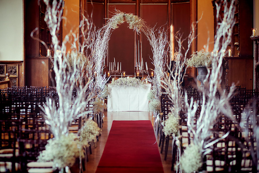 Magical & Festive Inspiration For Your Winter Wedding