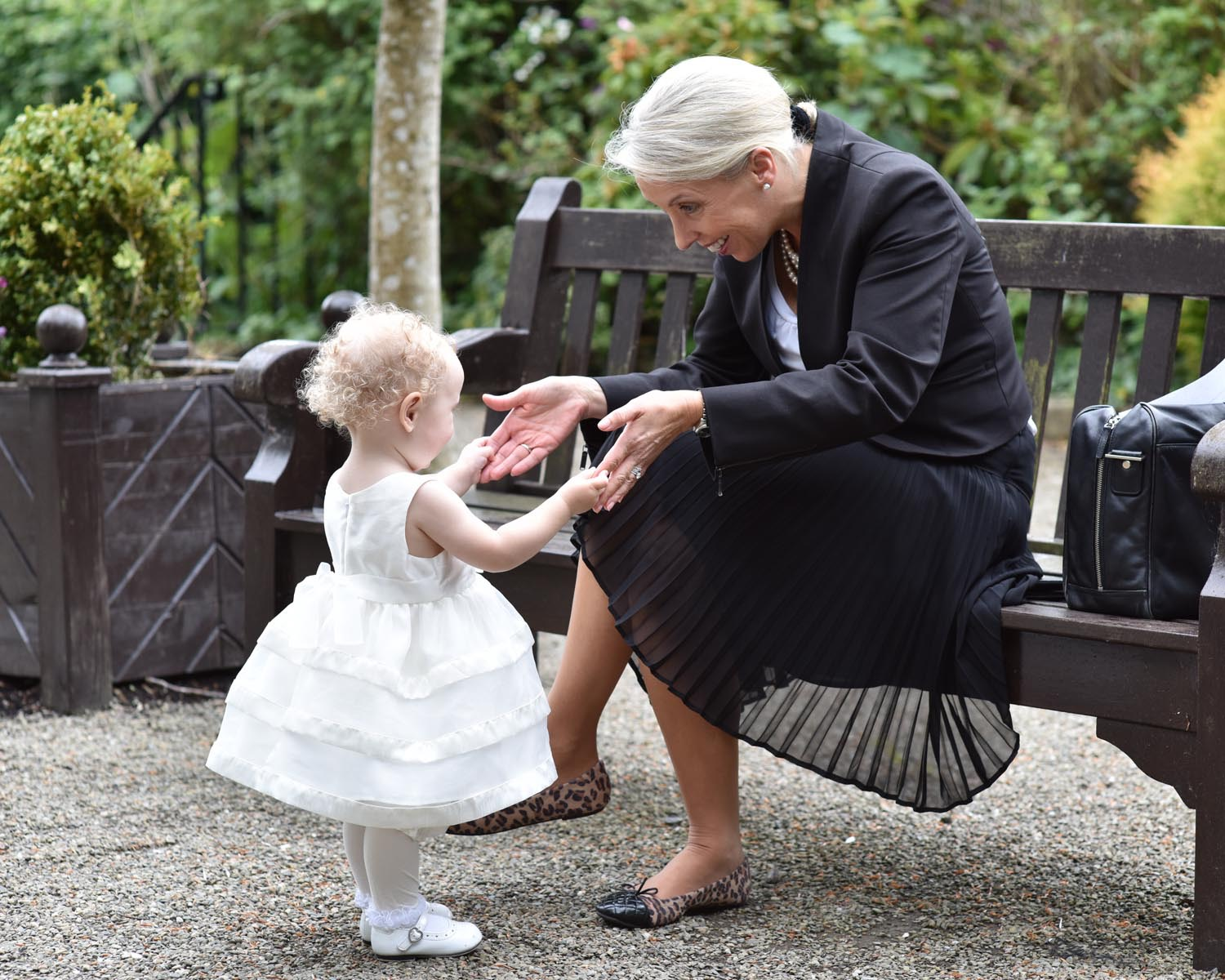 Wedding Planner Babysitting a Child
